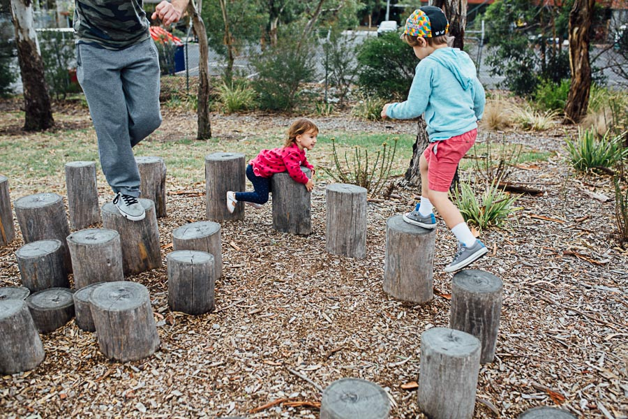 family photography melbourne family park swing