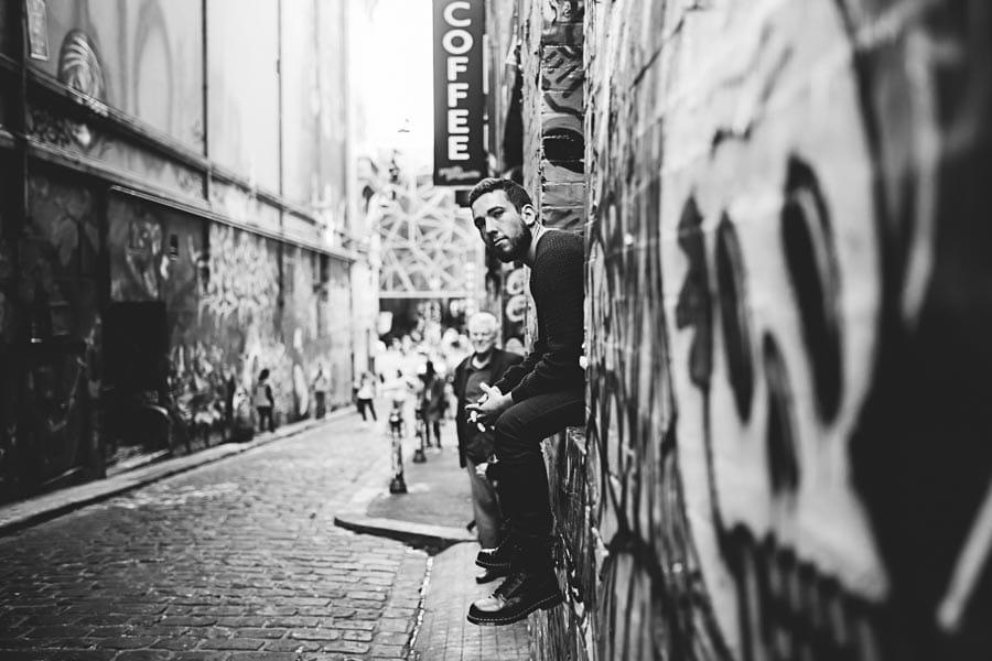 melbourne graffitti lanes model headshots portrait photography melbourne coffee black and white