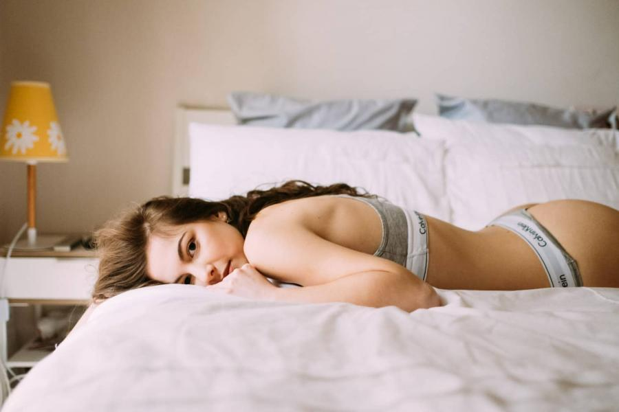 lifestyle boudoir photography melbourne in home boudoir photography bridal boudoir