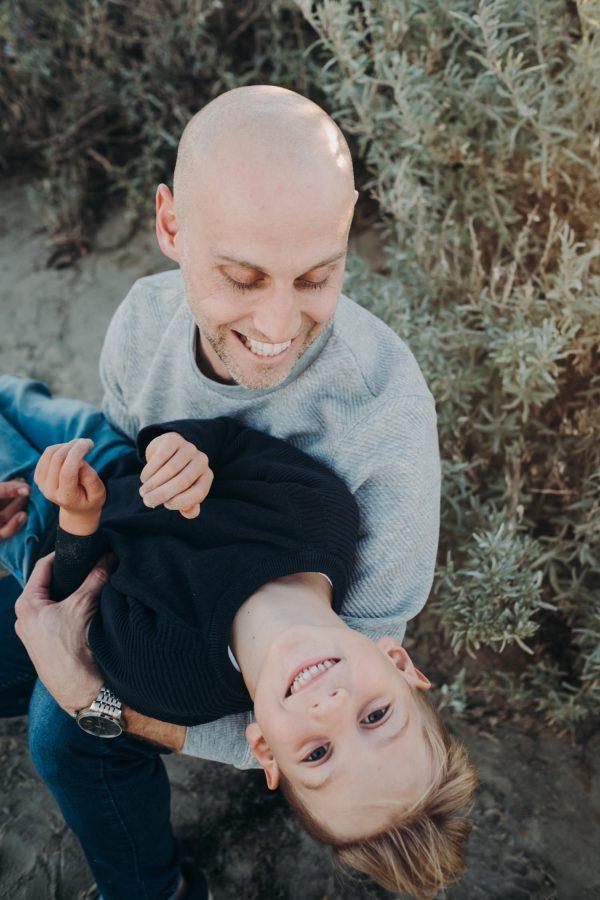 beach family photography melbourne family photographer sunset family photos melbourne family photoshoot father and son photos melbourne