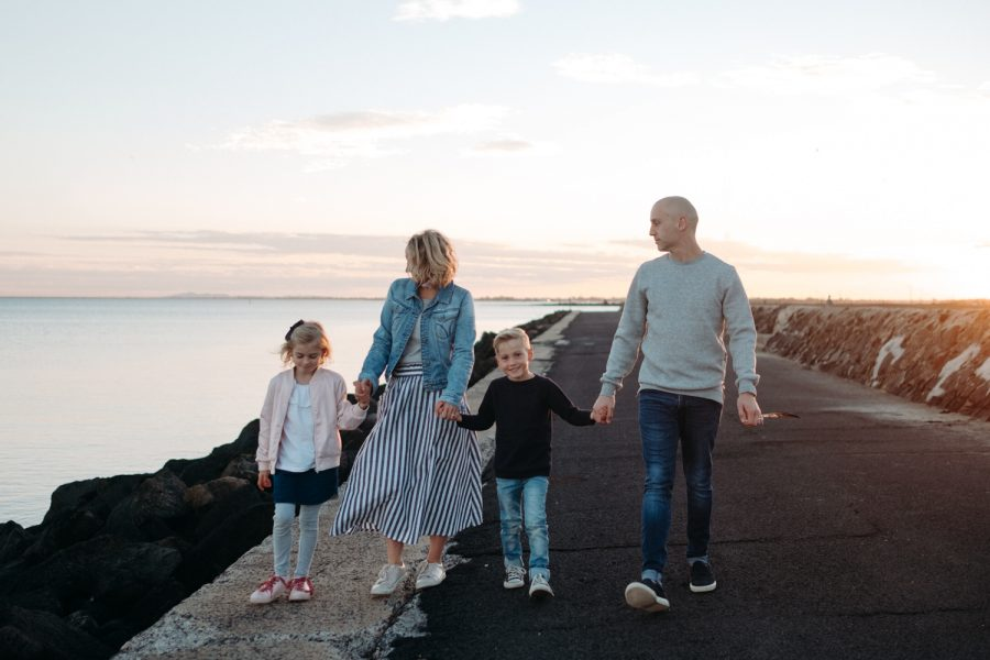 beach family photography melbourne family photographer sunset family photos melbourne